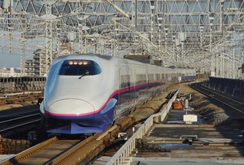 E2-7. Япония, станция Yamabiko 152. Автор: DAJF. Дата: 2 декабря 2003 г.