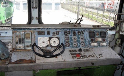 2ТЭ121-026 кабина
