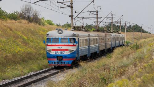 ЭР1-157. Украина, Днепропетровская область, перегон пост 83 км - пост 87 км. Автор: Магистраль. Дата: 26 июля 2013 г.