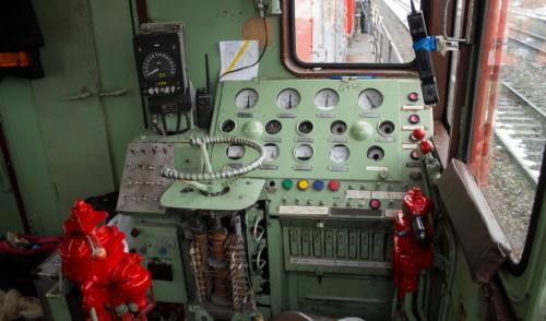 ТЭМ2-6446 кабина. Россия, Ульяновская область, блок-пост 989 км. Автор: Константин. Дата: 9 ноября 2016 г.