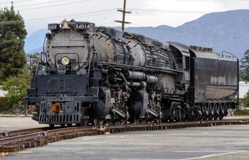 UP 4014. США, Вайоминг, Cheyenne. Автор: Trent Bell. Дата: 22 ноября 2013 г.