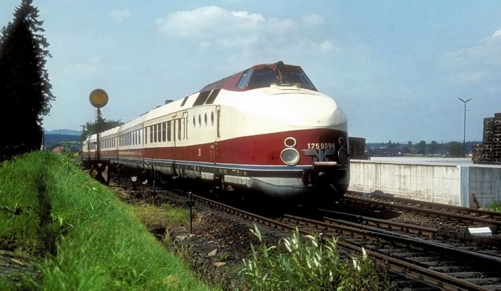 175 009. Австрия, Гмюнд. Автор: Werner Brutzer. Дата: 9 августа 1976 г.