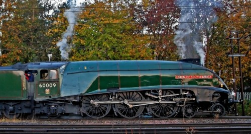 LNER Class A4 4488. Великобритания, станция Stevenage. Автор: Silver Link. Дата: 25 октября 2014 г.