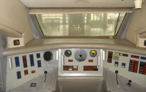 British Rail APT-E кабина