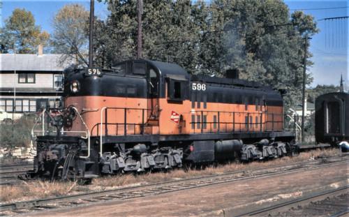 RSC-2 596. США, штат WI, станция Лакроссе. Автор: Bob Anderson. Дата: 1972 г.