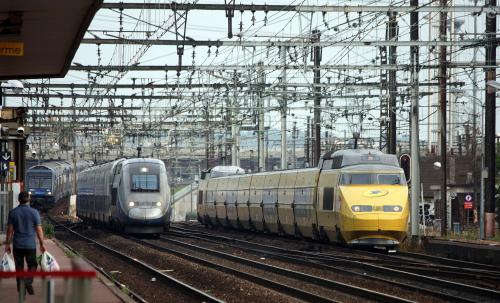 TGV La Poste. Франция. Дата: Thomas Lepeltier. Дата: 15 июня 2015 г.